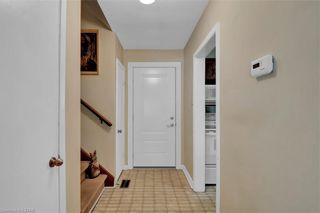 Photo 4: 422 PINETREE Drive in London: North P Residential for sale (North)  : MLS®# 40105467