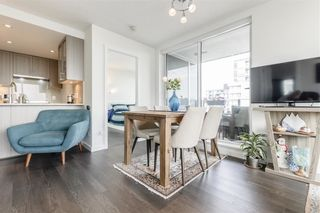 Photo 7: 2804 5665 BOUNDARY ROAD in Vancouver: Collingwood VE Condo for sale (Vancouver East)  : MLS®# R2396994