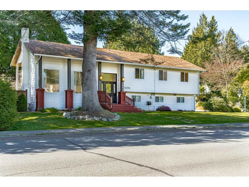 FEATURED LISTING: 1479 53A Street Delta