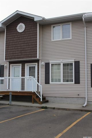 Photo 1: 18 1621 1st Street in Estevan: Westview EV Residential for sale : MLS®# SK829022