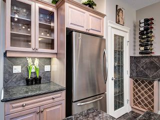 Photo 3: 1613 STRATHCONA Drive SW in Calgary: Strathcona Park House for sale : MLS®# C4005151