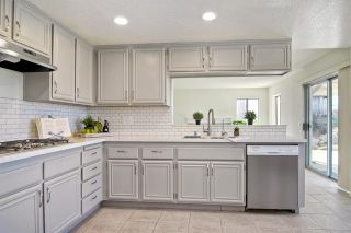Photo 8: 856 Porter Way in Fallbrook: Residential for sale (92028 - Fallbrook)  : MLS®# 180009143