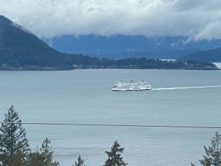 "Photo 6: 8745 SEASCAPE Drive in West Vancouver: Howe Sound Townhouse for sale in ""Seascapes"" : MLS®# R2546161"