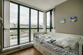 """Photo 17: 808 1 RENAISSANCE Square in New Westminster: Quay Condo for sale in """"THE 'Q'"""" : MLS®# R2521364"""