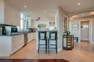 """Photo 14: 1102 14824 NORTH BLUFF Road: White Rock Condo for sale in """"BELAIRE"""" (South Surrey White Rock)  : MLS®# R2350476"""