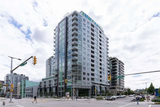 "Photo 2: 1108 1708 ONTARIO Street in Vancouver: Mount Pleasant VE Condo for sale in ""PINNACLE ON THE PARK"" (Vancouver East)  : MLS®# R2473521"