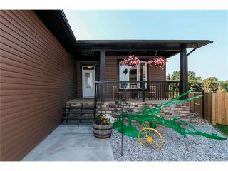 Photo 2: 24 Vermont Close: Olds House for sale : MLS®# C4027121