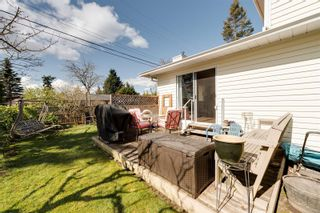 Photo 4: 10193 Fifth St in : Si Sidney North-East Half Duplex for sale (Sidney)  : MLS®# 870750