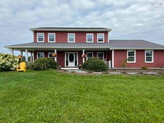 Photo 4: 697 Belmont Road in Belmont: 403-Hants County Residential for sale (Annapolis Valley)  : MLS®# 202120785