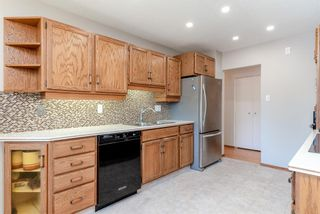 Photo 12: 744 Mapleton Drive SE in Calgary: Maple Ridge Detached for sale : MLS®# A1125027