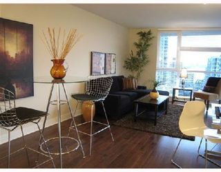 Photo 1: 703-160 West 3rd Street in North Vancouver: Lower Lonsdale Condo for sale : MLS®# V725790