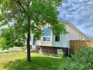 Photo 2: 81 Erin Green Way SE in Calgary: Erin Woods Detached for sale : MLS®# A1121607