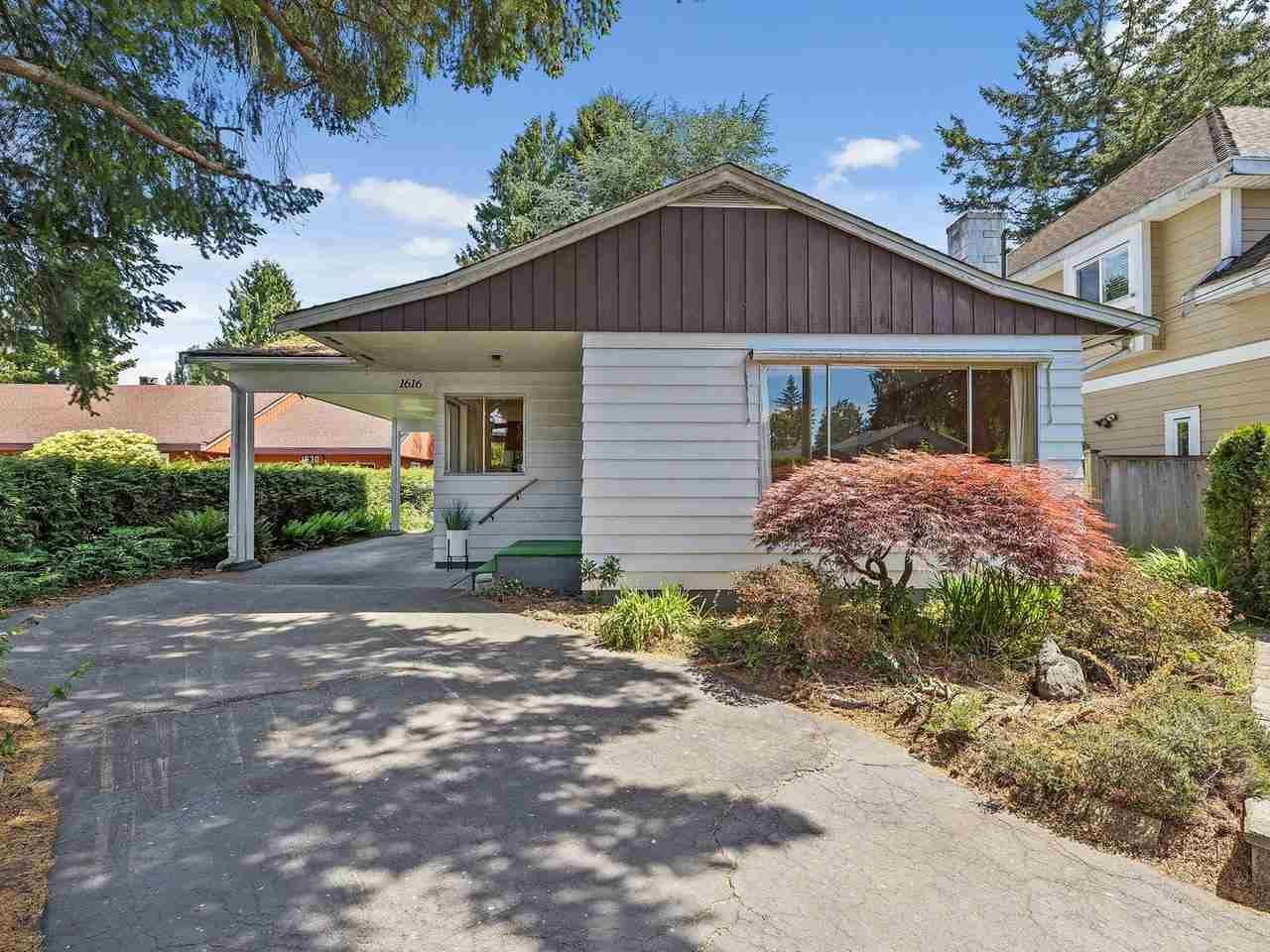 Main Photo: 1616 BRAID ROAD in Delta: Beach Grove House for sale (Tsawwassen)  : MLS®# R2589117
