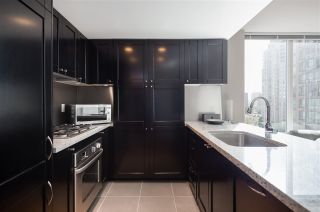 Photo 8: 907 1133 HOMER STREET in Vancouver: Yaletown Condo for sale (Vancouver West)  : MLS®# R2186123