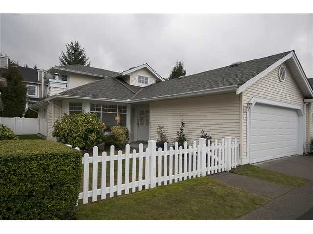 """Main Photo: 36 9208 208TH Street in Langley: Walnut Grove Townhouse for sale in """"CHURCHILL PARK"""" : MLS®# F1404333"""