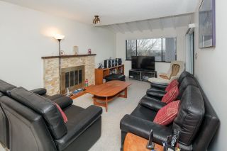 Photo 10: 7420 LYTHAM Place in Burnaby: Simon Fraser Univer. House for sale (Burnaby North)  : MLS®# R2230430