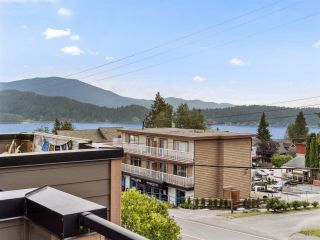 """Photo 17: 4 728 GIBSONS Way in Gibsons: Gibsons & Area Townhouse for sale in """"Islandview Lanes"""" (Sunshine Coast)  : MLS®# R2538180"""