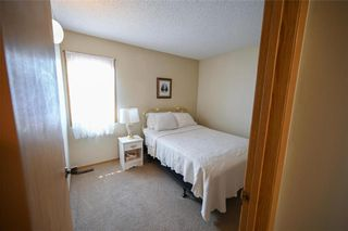 Photo 18: 98 Aldgate Road in Winnipeg: River Park South Residential for sale (2F)  : MLS®# 202112709