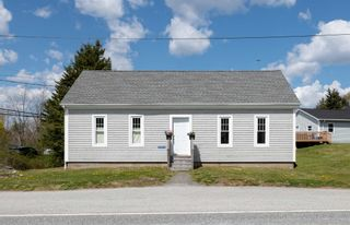 Photo 3: 12244 Peggy's Cove Road in Glen Haven: 40-Timberlea, Prospect, St. Margaret`S Bay Residential for sale (Halifax-Dartmouth)  : MLS®# 202112086
