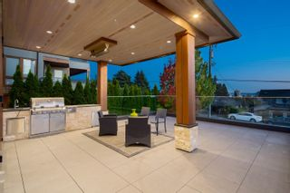 Photo 34: 2277 LAWSON Avenue in West Vancouver: Dundarave House for sale : MLS®# R2618791