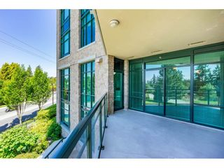 """Photo 18: 203 14824 NORTH BLUFF Road: White Rock Condo for sale in """"Belaire"""" (South Surrey White Rock)  : MLS®# R2459201"""