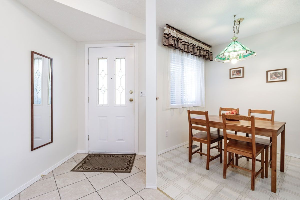 "Photo 17: Photos: 10 1190 FALCON Drive in Coquitlam: Eagle Ridge CQ Townhouse for sale in ""FALCON TERRACE"" : MLS®# R2494945"