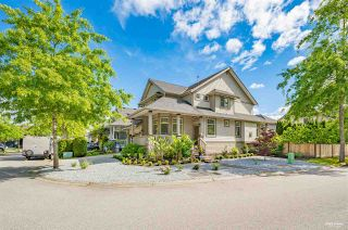 Photo 1: 11258 TULLY Crescent in Pitt Meadows: South Meadows House for sale : MLS®# R2585613