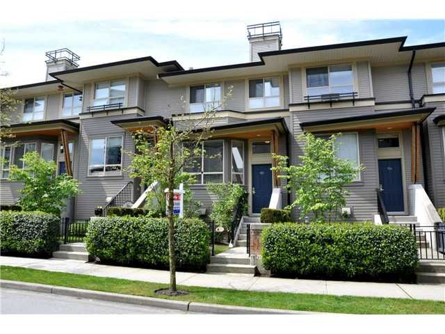 "Main Photo: 105 100 KLAHANIE Drive in Port Moody: Port Moody Centre Townhouse for sale in ""INDIGO"" : MLS®# V889445"