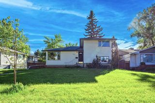 Main Photo: 2327 23 Street NW in Calgary: Banff Trail Detached for sale : MLS®# A1114808
