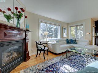 Photo 12: 2592 Empire St in VICTORIA: Vi Oaklands Half Duplex for sale (Victoria)  : MLS®# 828737