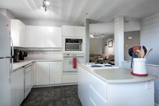 "Photo 3: 1107 O'FLAHERTY Gate in Port Coquitlam: Citadel PQ Townhouse for sale in ""The Summit"" : MLS®# R2310981"