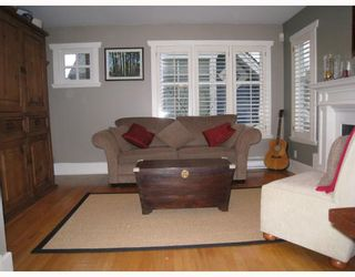 Photo 4: 329 W 15TH Avenue in Vancouver: Mount Pleasant VW Townhouse for sale (Vancouver West)  : MLS®# V813651