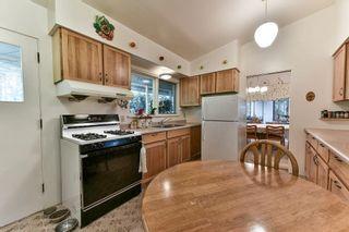 "Photo 8: 5760 144 Street in Surrey: Sullivan Station House for sale in ""SULLIVAN"" : MLS®# R2155815"