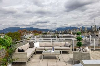 """Photo 2: PH610 1540 W 2ND Avenue in Vancouver: False Creek Condo for sale in """"The Waterfall Building"""" (Vancouver West)  : MLS®# R2580752"""