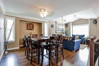 "Photo 2: 33733 BOWIE Drive in Mission: Mission BC House for sale in ""MOUNTAIN VIEW 18'8''"" : MLS®# R2189019"