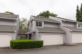 """Photo 3: 3642 HANDEL Avenue in Vancouver: Champlain Heights Townhouse for sale in """"Ashleigh Heights"""" (Vancouver East)  : MLS®# R2610885"""
