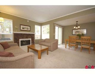 """Photo 5: 61 9386 128TH Street in Surrey: Queen Mary Park Surrey Townhouse for sale in """"Surrey Meadows"""" : MLS®# F2819462"""