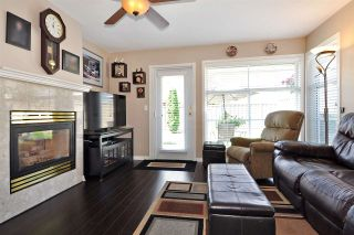 """Photo 7: 4 758 RIVERSIDE Drive in Port Coquitlam: Riverwood Townhouse for sale in """"Riverlane Estates"""" : MLS®# R2397277"""