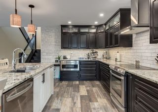 Main Photo: 243 Midridge Crescent SE in Calgary: Midnapore Detached for sale : MLS®# A1152811