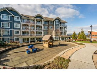 """Photo 25: 204 16380 64TH Avenue in Surrey: Cloverdale BC Condo for sale in """"The Ridge at Bose Farm"""" (Cloverdale)  : MLS®# R2535552"""