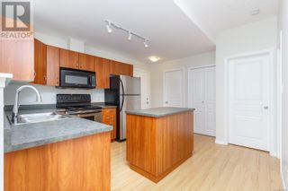 Photo 5: 105 919 Market Street in Victoria: Condo for sale : MLS®# 856860