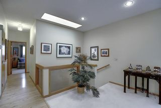 Photo 18: 23 SIGNAL RIDGE Place SW in Calgary: Signal Hill Detached for sale : MLS®# A1016893