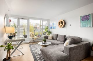 """Photo 4: 603 188 KEEFER Street in Vancouver: Downtown VE Condo for sale in """"188 Keefer"""" (Vancouver East)  : MLS®# R2547536"""