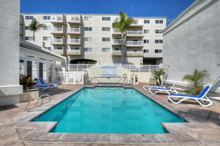 Photo 9: PACIFIC BEACH Condo for sale : 1 bedrooms : 4015 Crown Point Dr #208 in San Diego