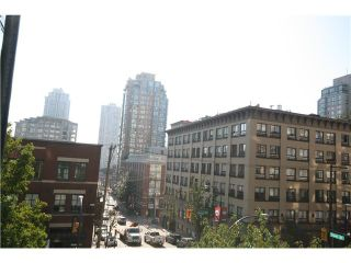 Photo 4: # 402 1155 HOMER ST in Vancouver: Yaletown Condo for sale (Vancouver West)  : MLS®# V1037431
