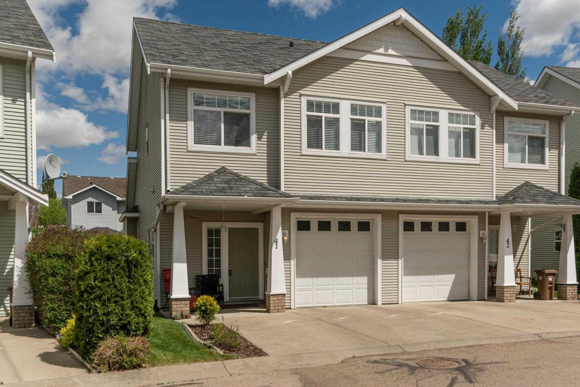 Main Photo: 41 200 ERIN RIDGE Drive: St. Albert House Half Duplex for sale : MLS®# E4246397