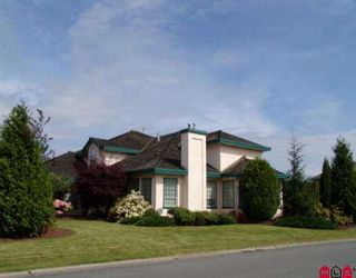 """Photo 2: 7372 151A ST in Surrey: East Newton House for sale in """"CHIMNEY HILL"""" : MLS®# F2508903"""
