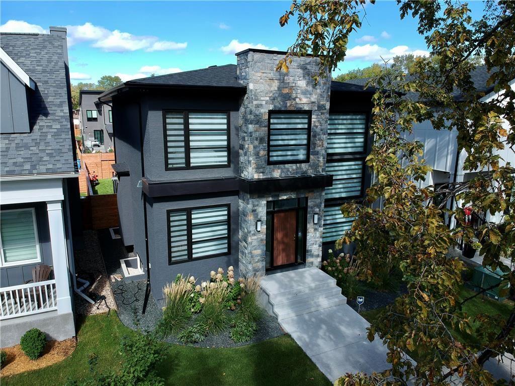 Main Photo: 1753 Grosvenor Avenue in Winnipeg: River Heights Residential for sale (1C)  : MLS®# 202121162