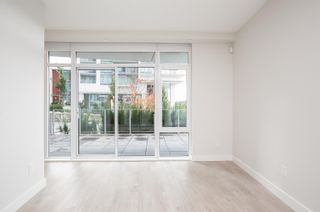 """Photo 7: 115 1788 GILMORE Avenue in Burnaby: Brentwood Park Townhouse for sale in """"Escala"""" (Burnaby North)  : MLS®# R2623374"""