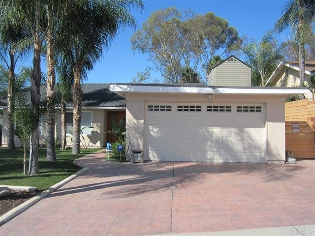 Main Photo: 508 Huff St in Vista: Residential for sale (92083 - Vista)  : MLS®# 180056204